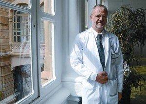 Dr. Gual