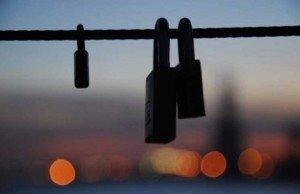 Candado-amor-puente-550x357